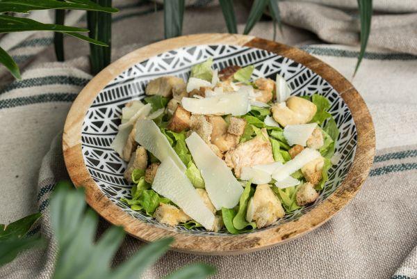 Caesar salata